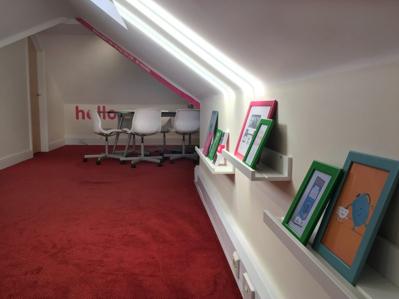 Glow Meeting Room