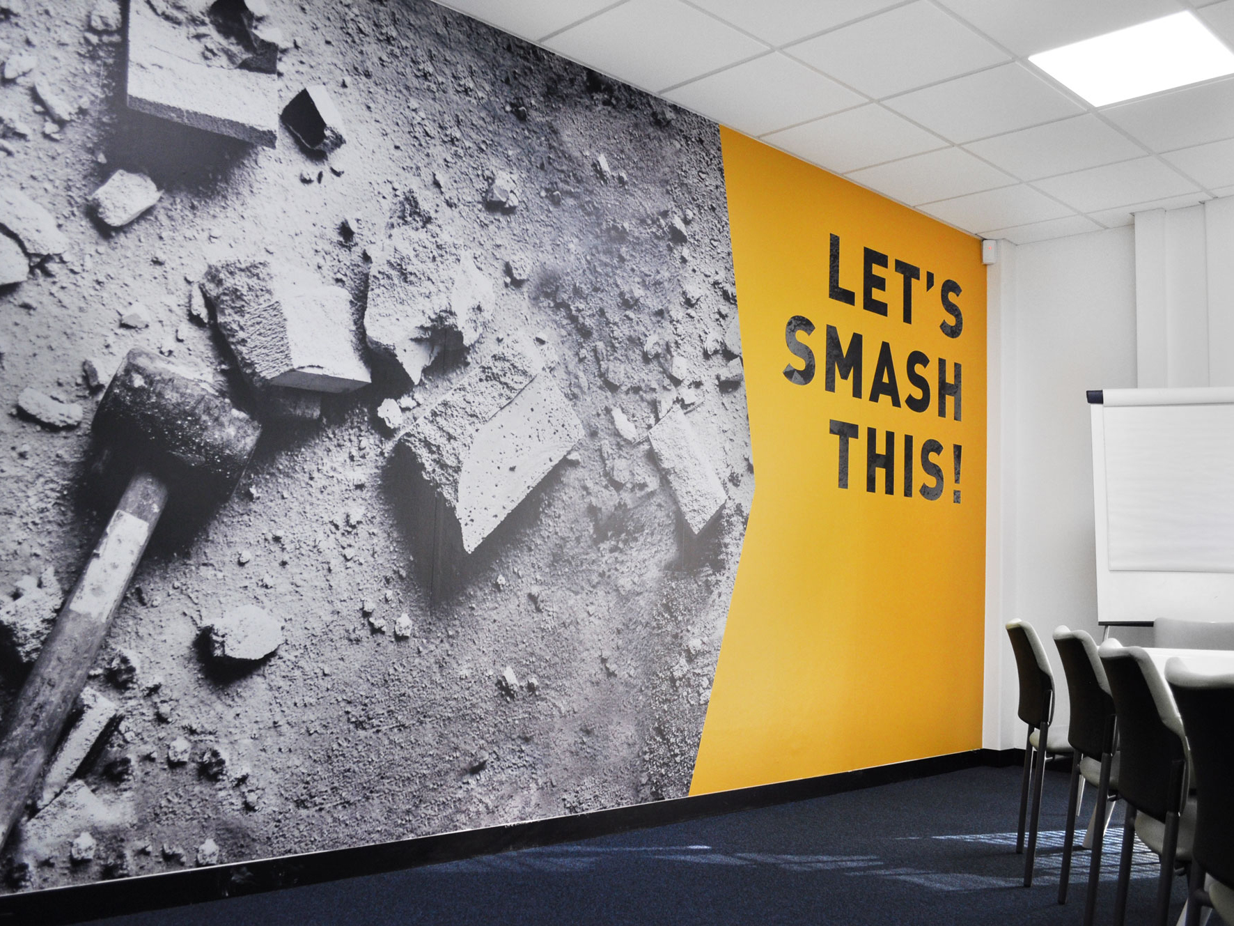 STR Group | Recruitment | Large Format | Office Styling | Wall Graphics