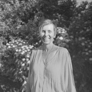 Lisa Lavis - Managing Director - Glow